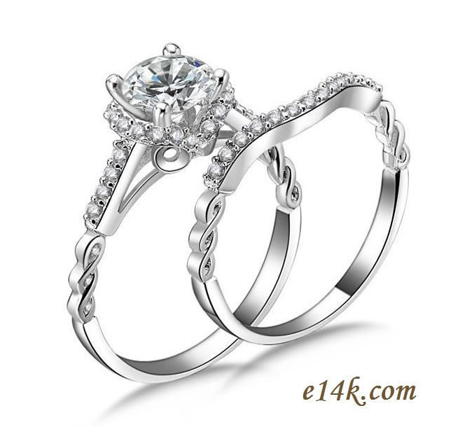 Elegant Sterling Silver 1ct Round Brilliant Antique Inspired Engagement ring with Matching Wedding Band - Product Image